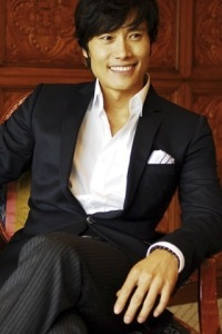 Lee-Byung-Hun5-byung-hun-lee-21552839-320-480
